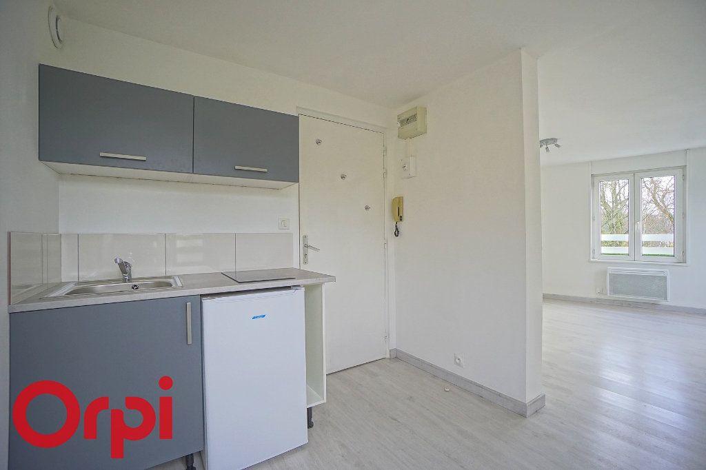 Appartement à louer 1 26.07m2 à Bernay vignette-2