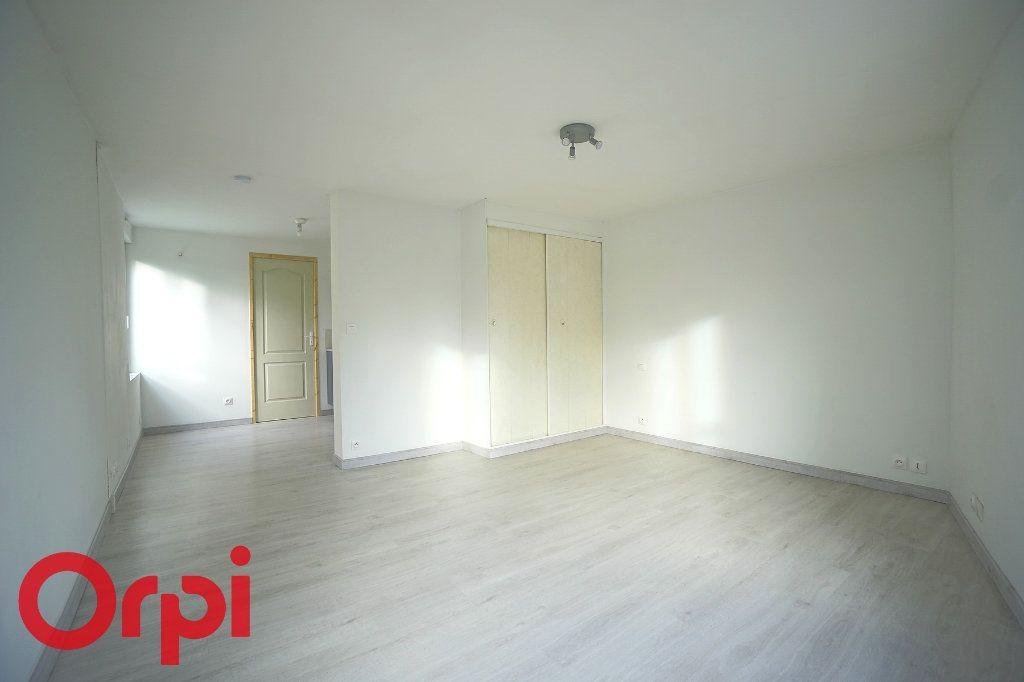 Appartement à louer 1 26.07m2 à Bernay vignette-7