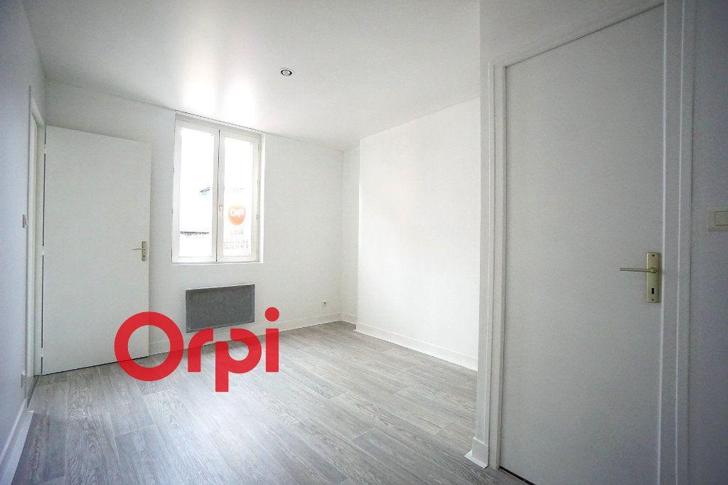 Appartement à louer 2 28.02m2 à Bernay vignette-5