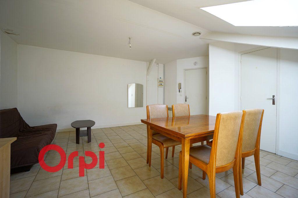 Appartement à louer 1 25.96m2 à Bernay vignette-4