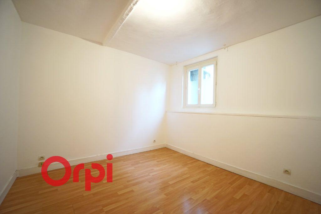 Appartement à louer 3 51.2m2 à Bernay vignette-5