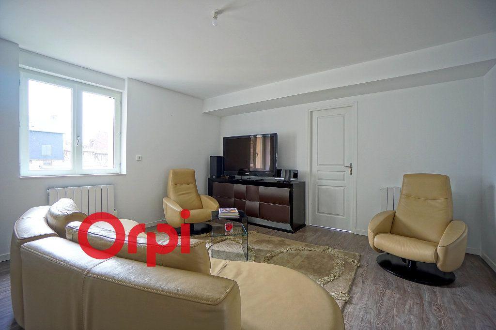 Appartement à louer 4 80.3m2 à Bernay vignette-7