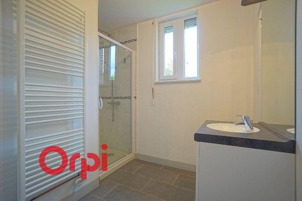 Maison à louer 4 104.84m2 à Saint-Aubin-le-Guichard vignette-4