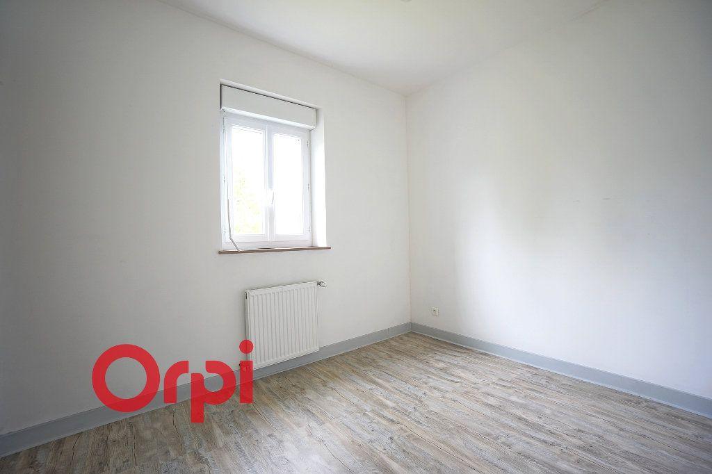 Maison à louer 4 104.84m2 à Saint-Aubin-le-Guichard vignette-10