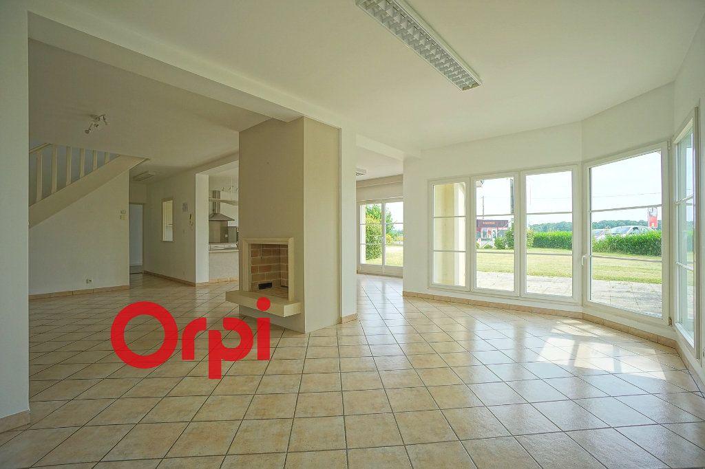 Maison à vendre 8 156m2 à Bernay vignette-2
