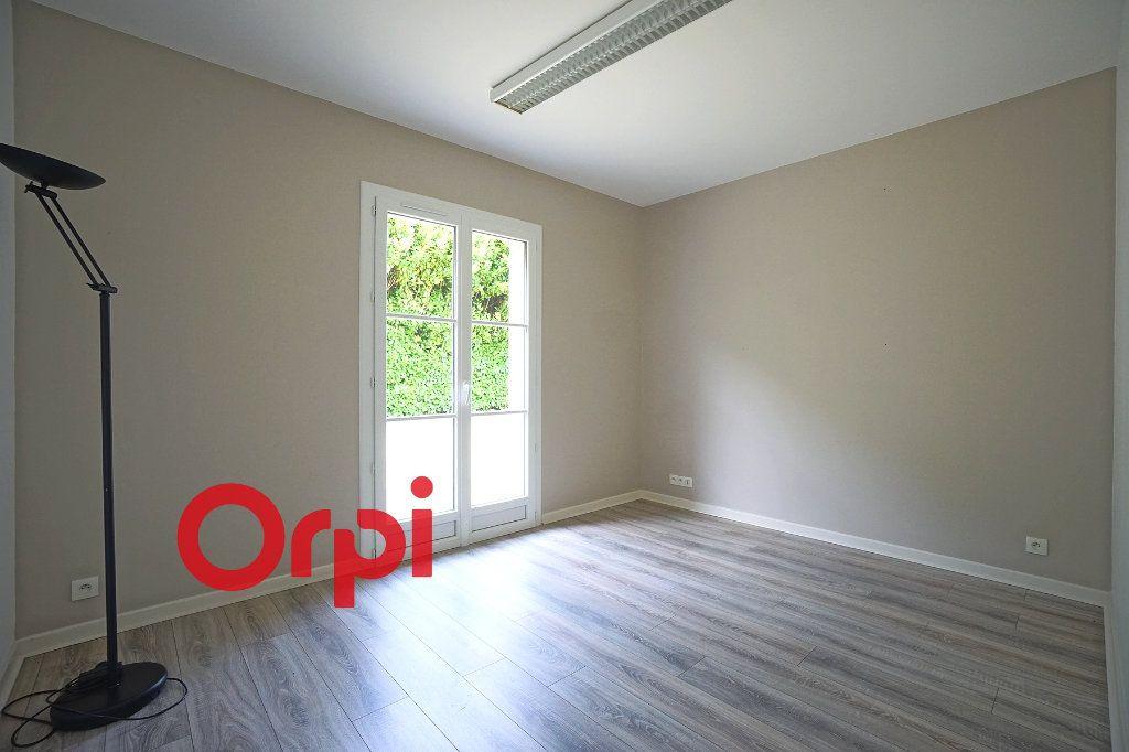 Maison à vendre 8 156m2 à Bernay vignette-8