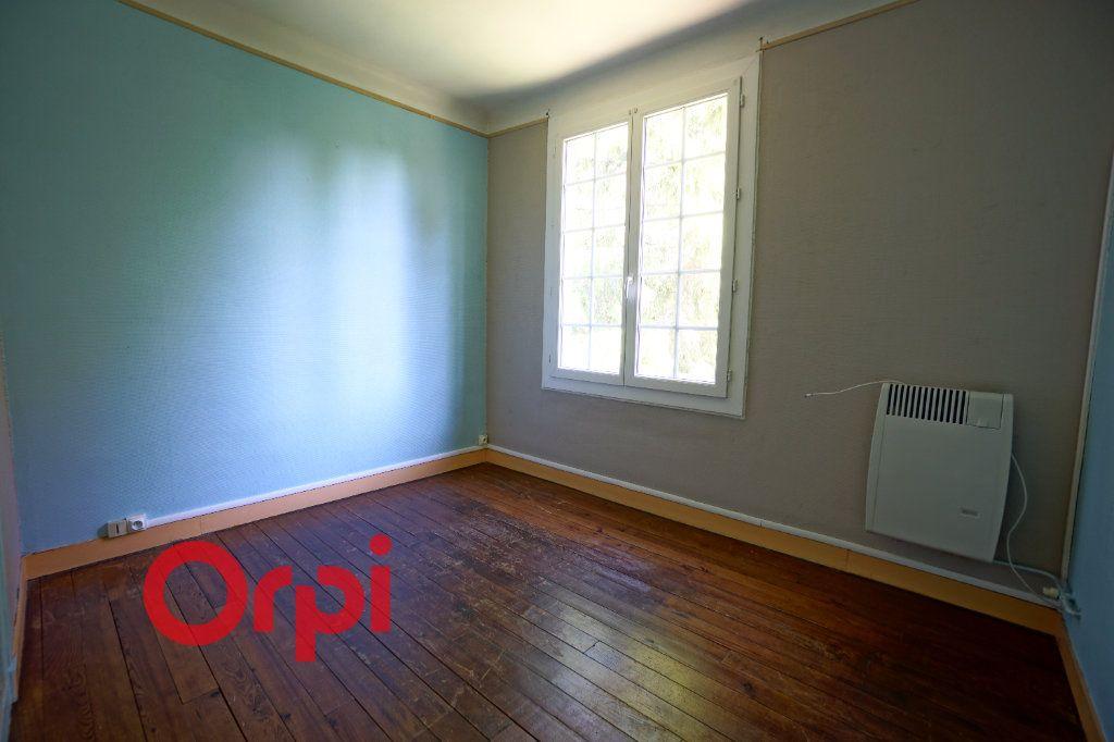 Appartement à louer 3 66.31m2 à Brionne vignette-4