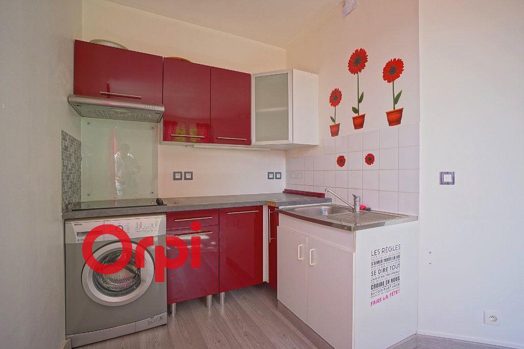 Appartement à louer 2 36m2 à Bernay vignette-6