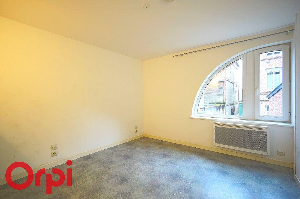 Appartement à louer 1 23.88m2 à Bernay vignette-1