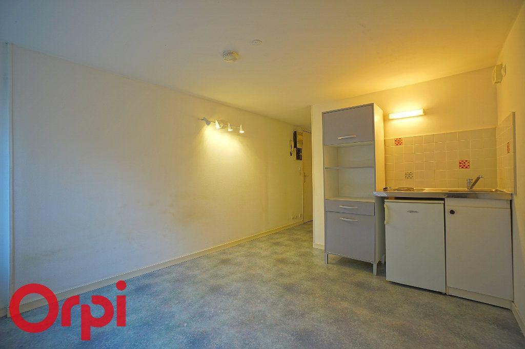 Appartement à louer 1 23.88m2 à Bernay vignette-2