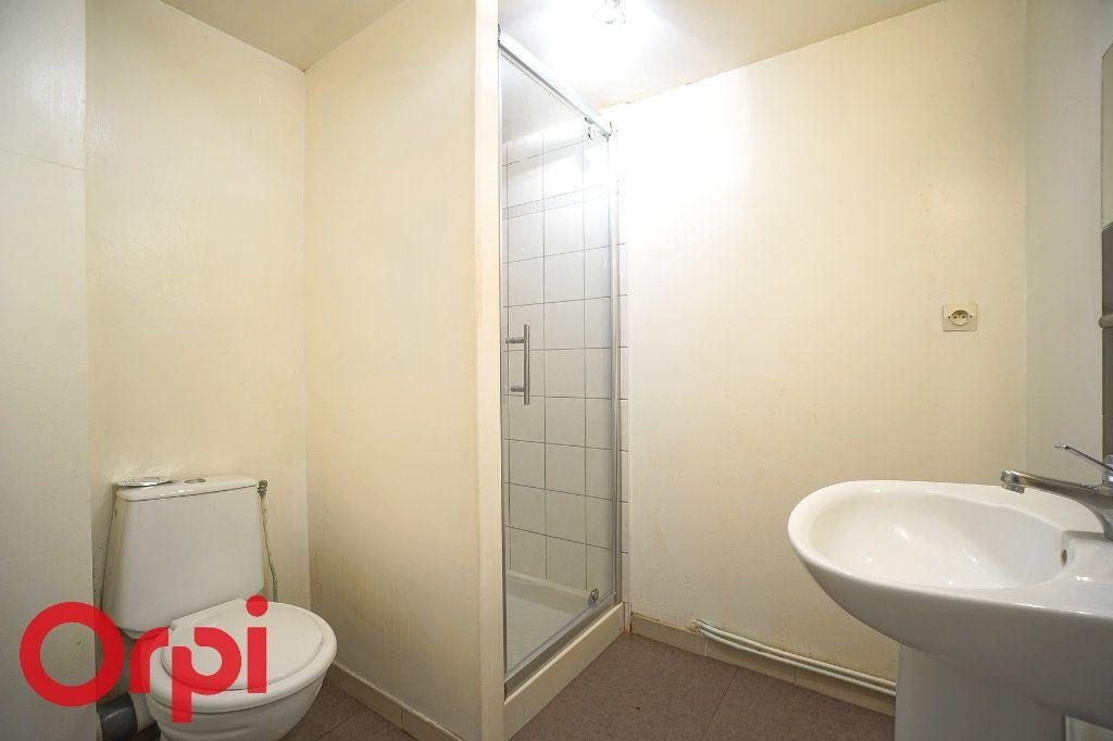Appartement à louer 1 23.88m2 à Bernay vignette-3