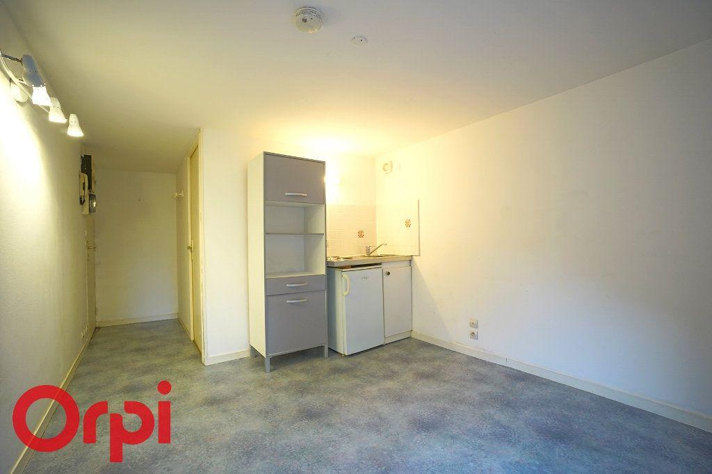 Appartement à louer 1 23.88m2 à Bernay vignette-5
