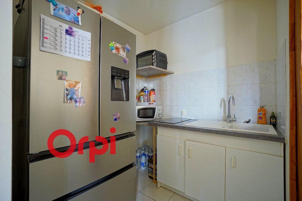 Appartement à louer 2 49.32m2 à Bernay vignette-3
