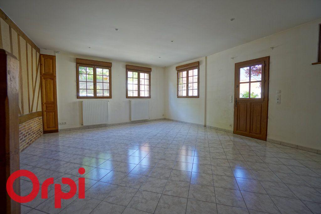 Appartement à louer 3 65.33m2 à Bernay vignette-2
