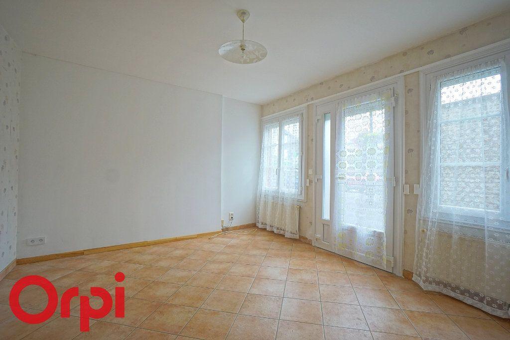 Maison à louer 4 72.05m2 à Thiberville vignette-1