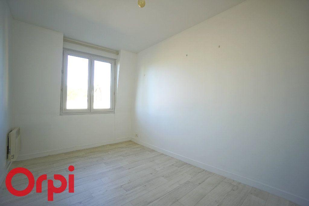 Appartement à louer 2 40.81m2 à Bernay vignette-4