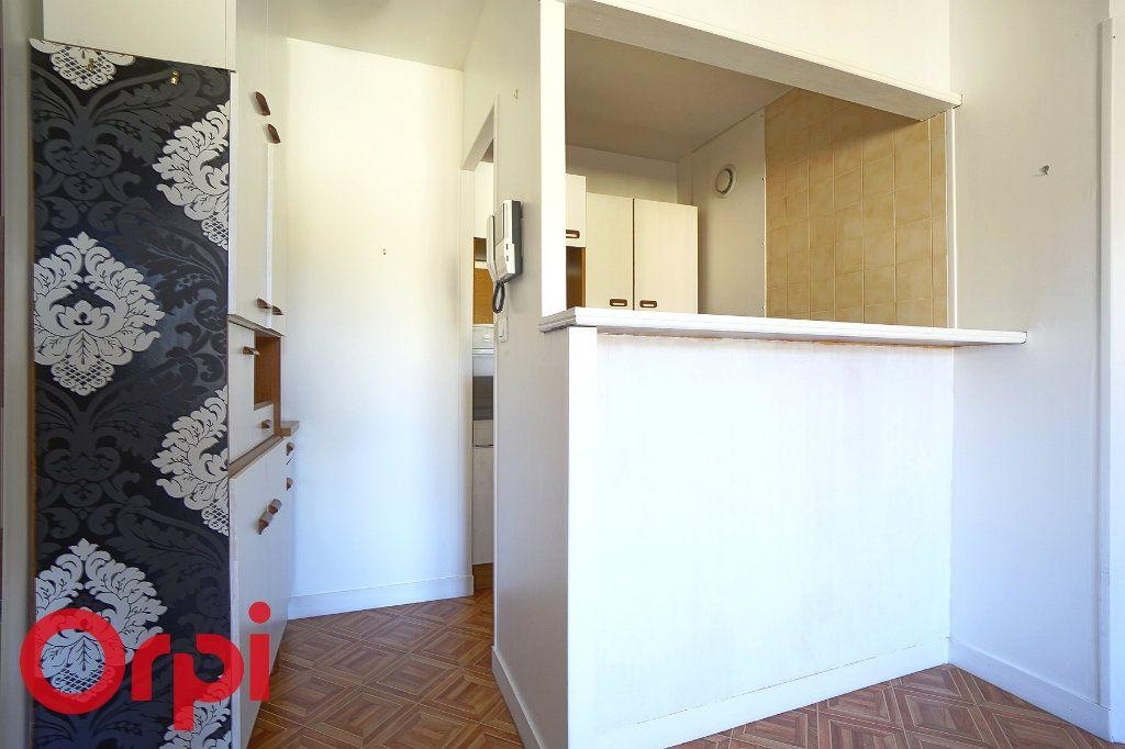 Appartement à louer 2 40.81m2 à Bernay vignette-6