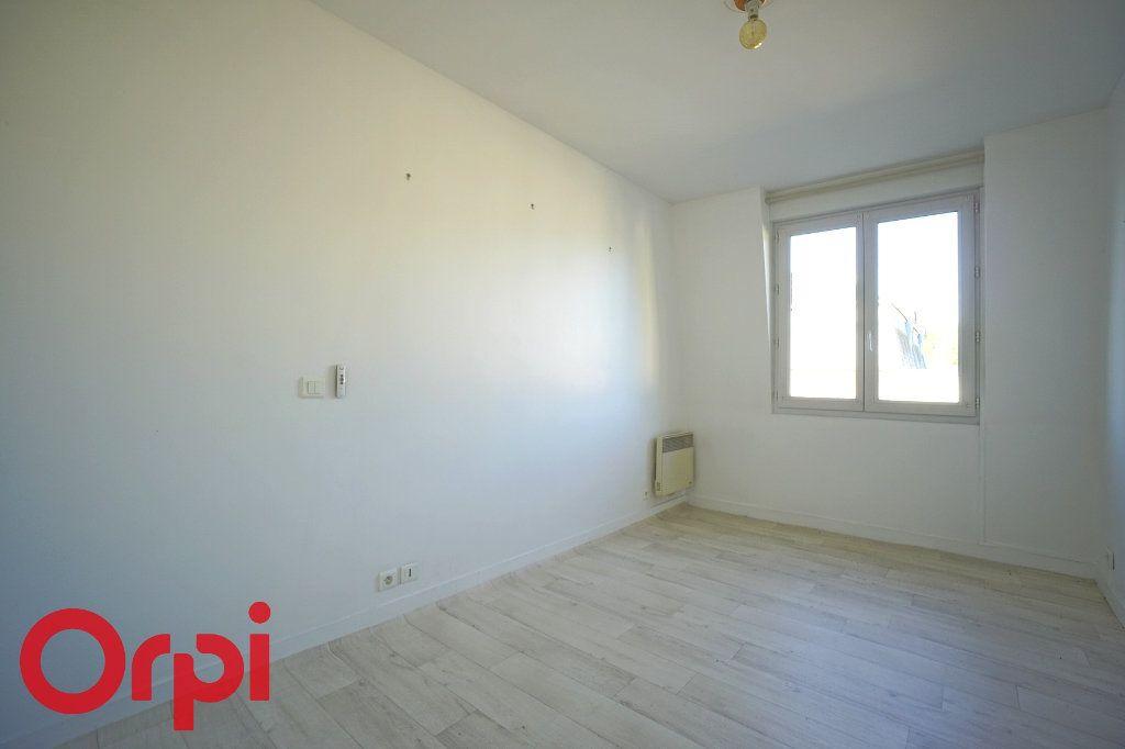 Appartement à louer 2 40.81m2 à Bernay vignette-8