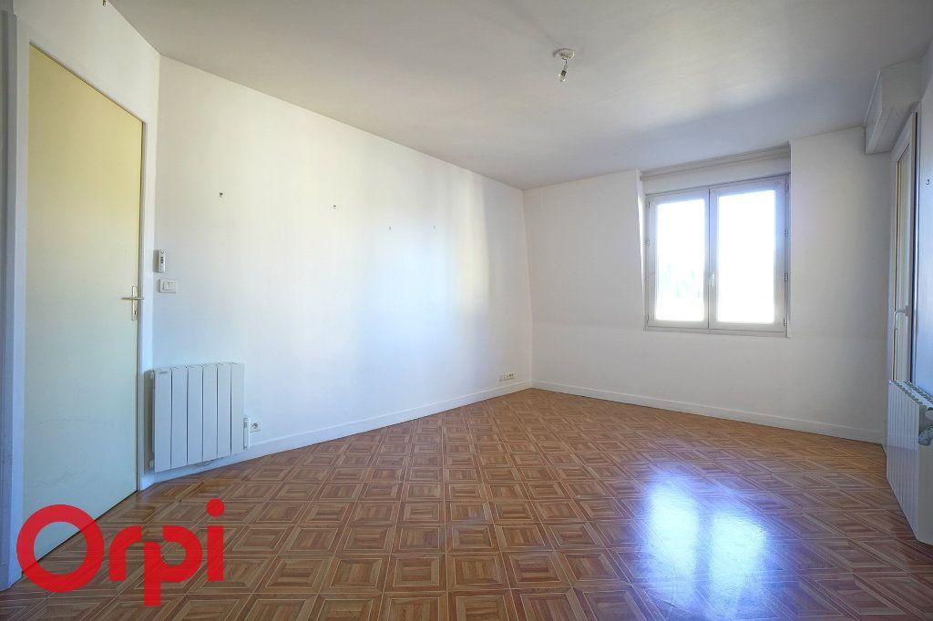 Appartement à louer 2 40.81m2 à Bernay vignette-11