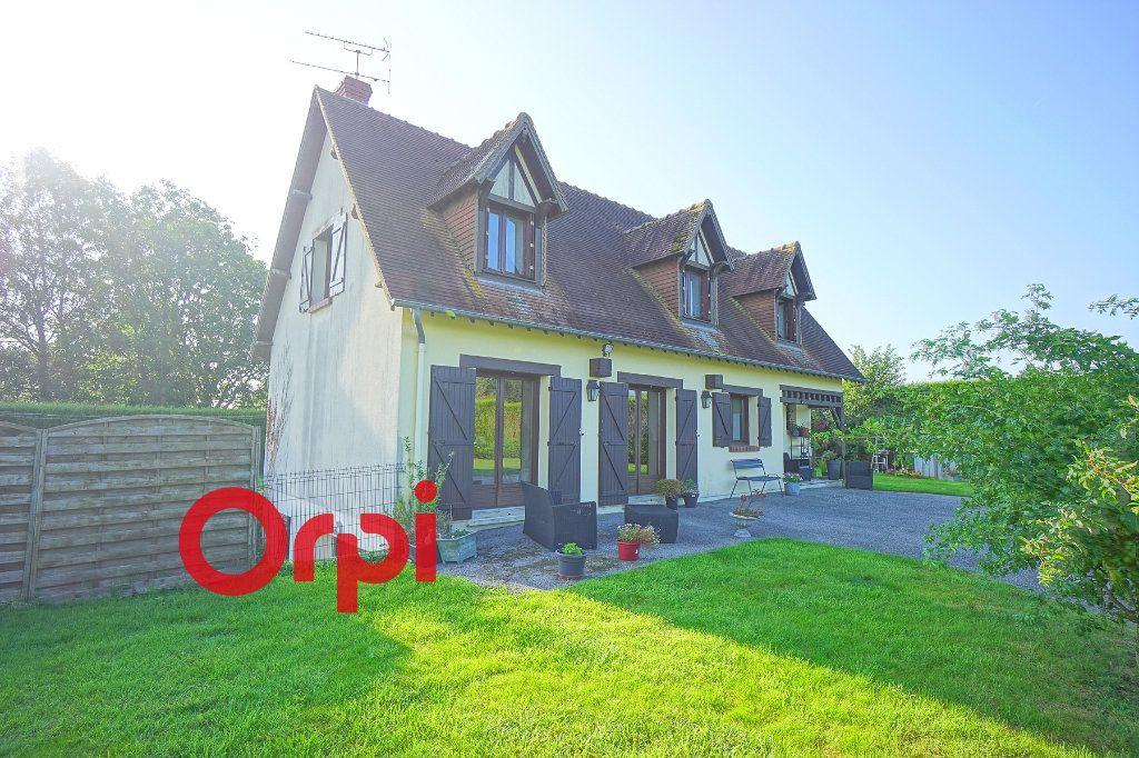 Maison à louer 4 130.99m2 à Bernay vignette-1