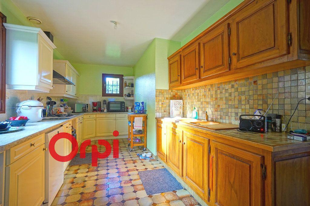 Maison à louer 4 130.99m2 à Bernay vignette-4