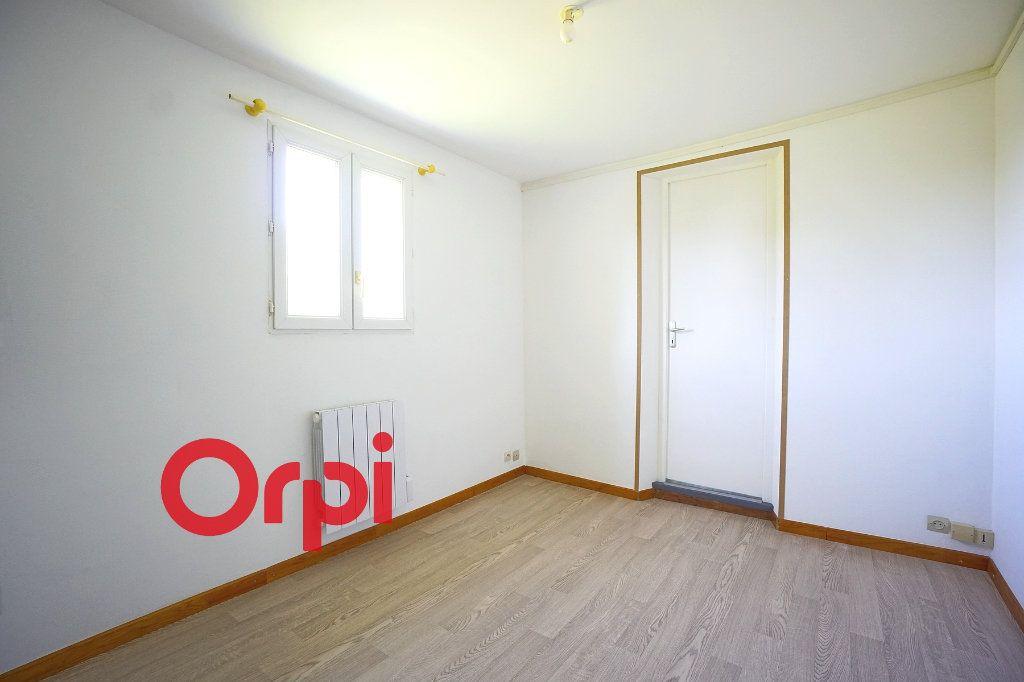 Appartement à louer 2 24.74m2 à Thiberville vignette-5