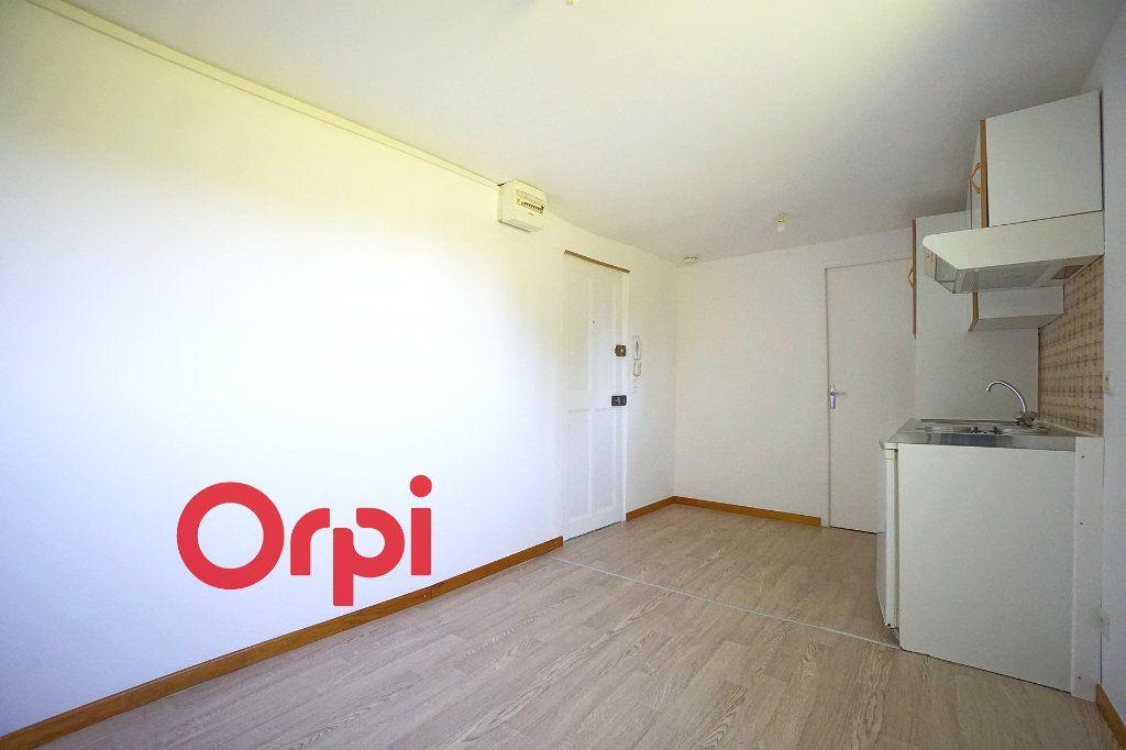 Appartement à louer 2 24.74m2 à Thiberville vignette-7