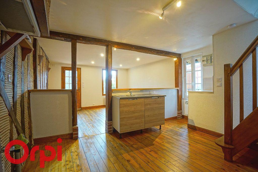 Appartement à louer 3 37.72m2 à Bernay vignette-1