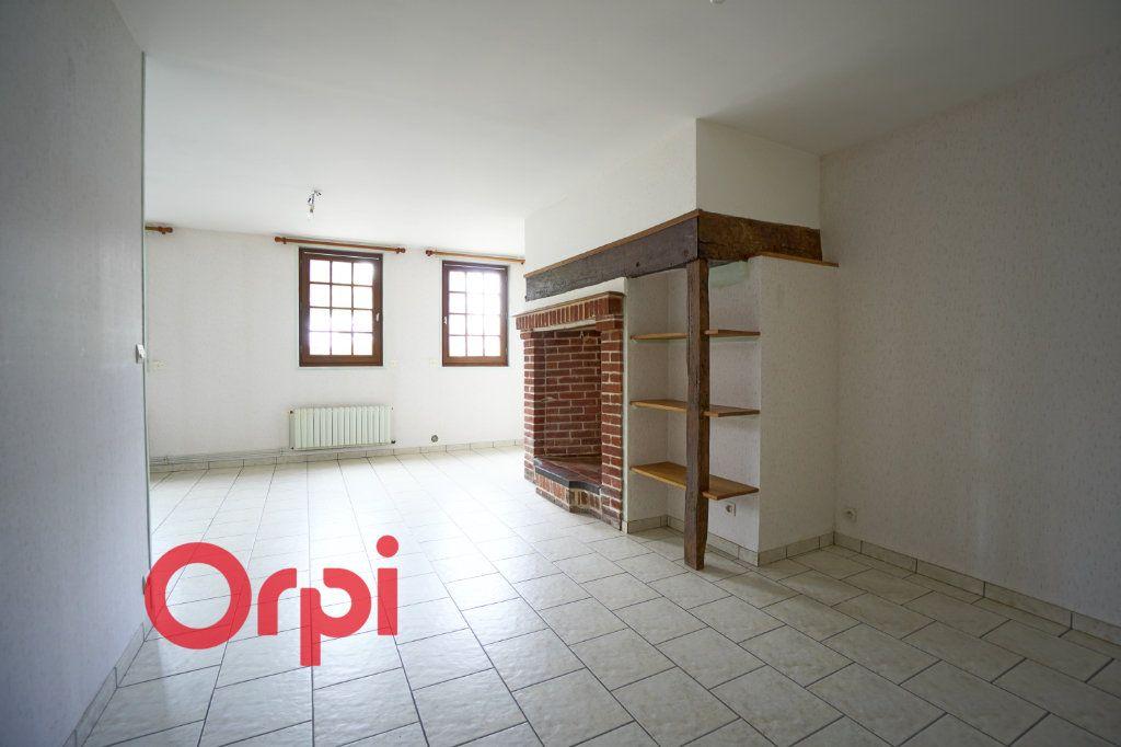 Appartement à louer 3 64.38m2 à Bernay vignette-2