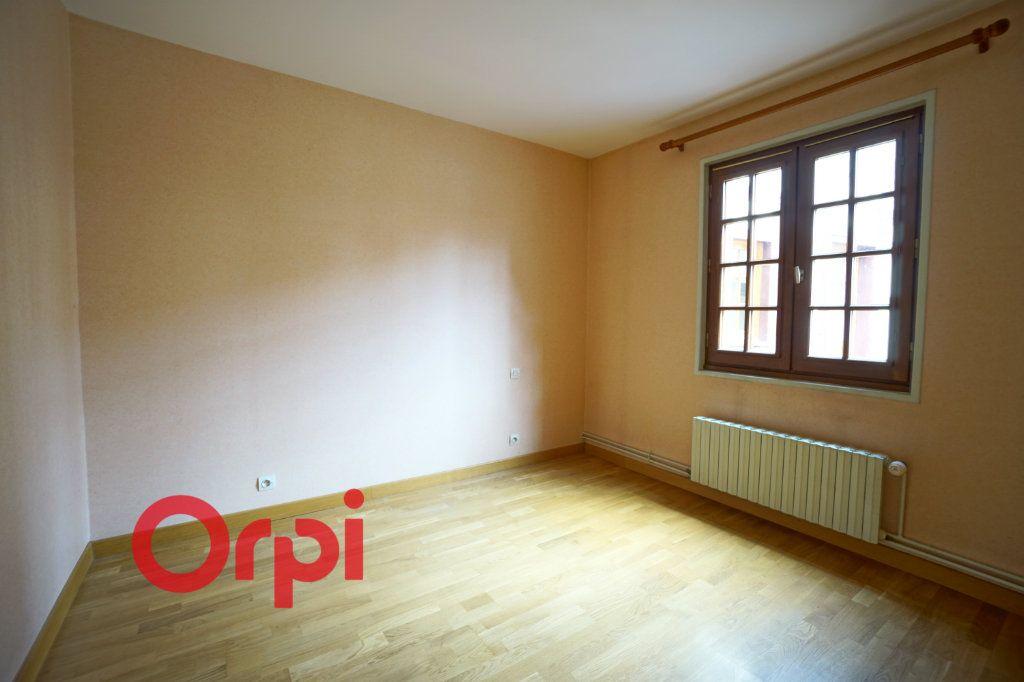 Appartement à louer 3 64.38m2 à Bernay vignette-4