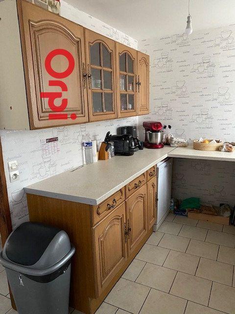 Appartement à louer 3 64.38m2 à Bernay vignette-7