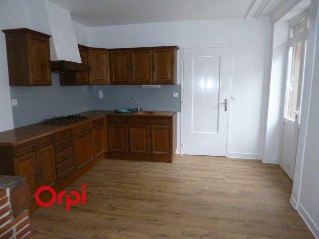 Appartement à louer 3 72.9m2 à Bernay vignette-3