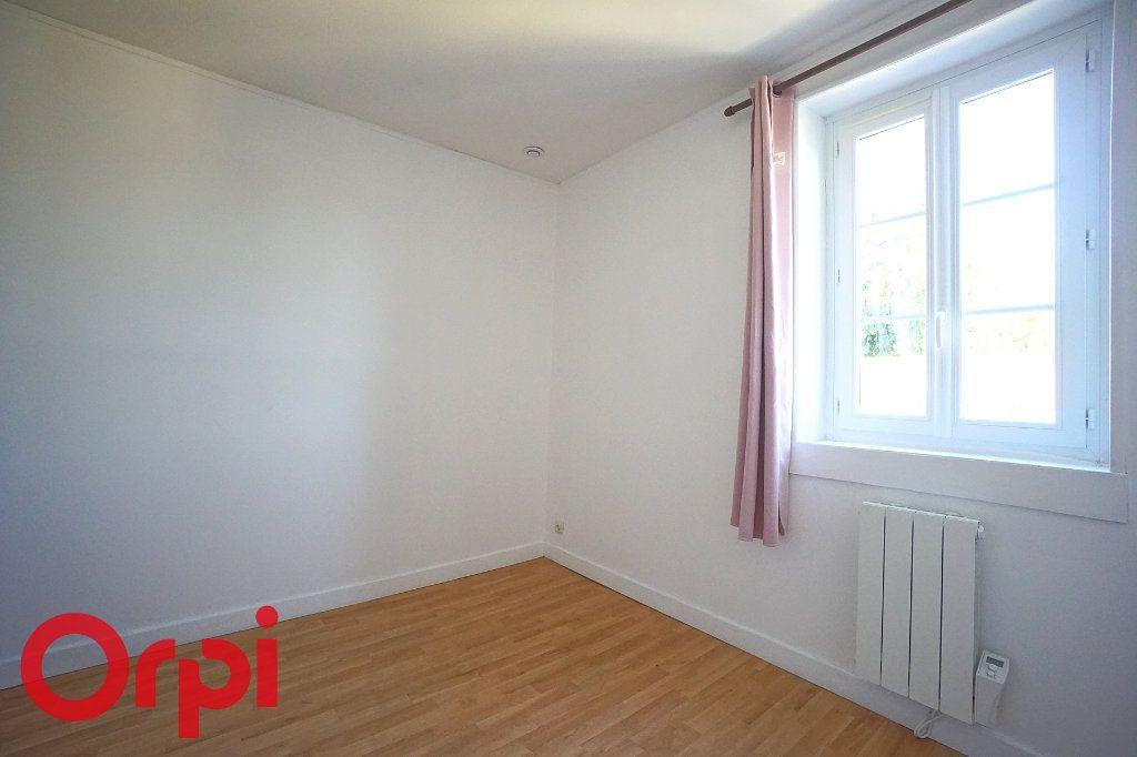 Appartement à louer 3 54.1m2 à Thiberville vignette-8