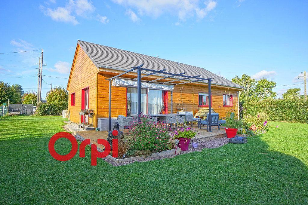 Maison à vendre 5 100m2 à Beaumont-le-Roger vignette-1