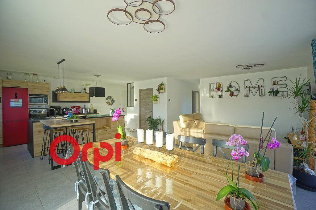 Maison à vendre 5 100m2 à Beaumont-le-Roger vignette-6