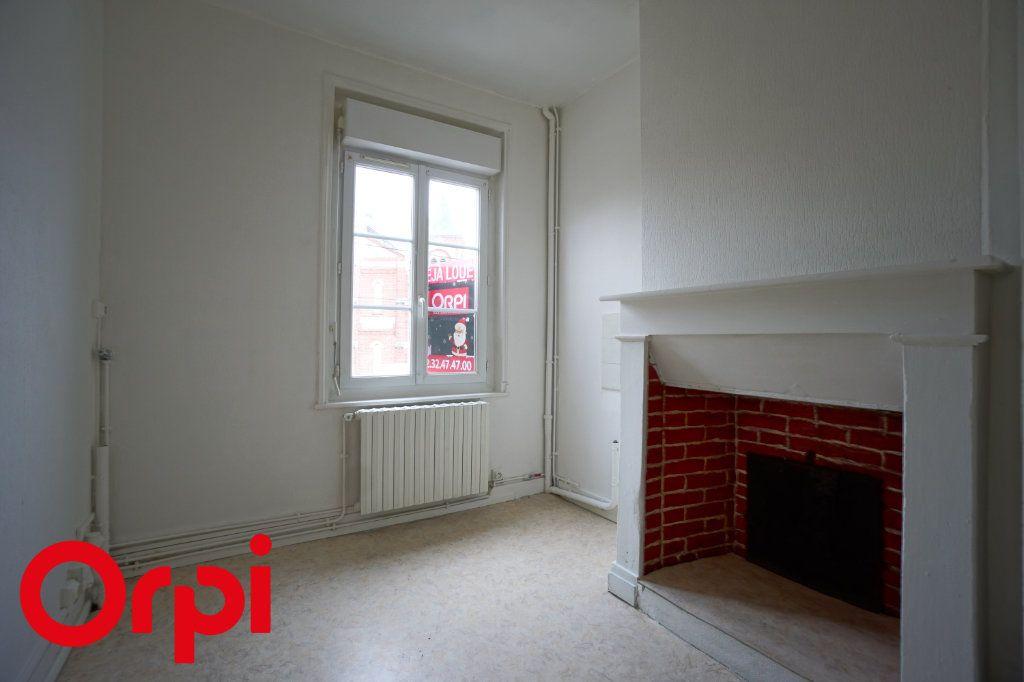 Appartement à louer 3 82.66m2 à Bernay vignette-6