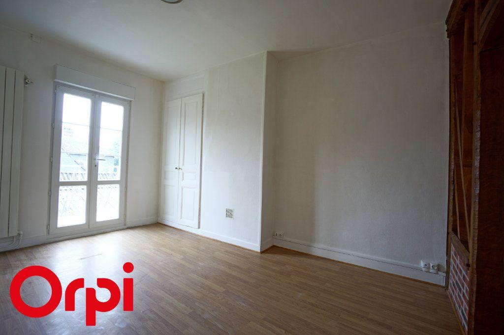 Appartement à louer 3 82.66m2 à Bernay vignette-9
