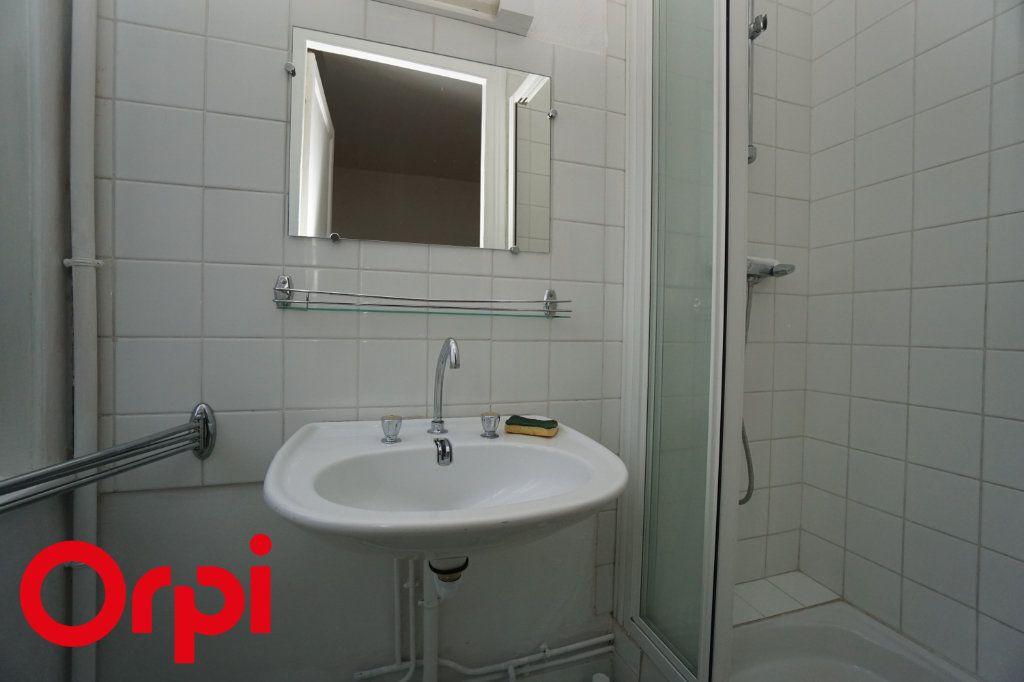 Appartement à louer 3 82.66m2 à Bernay vignette-13