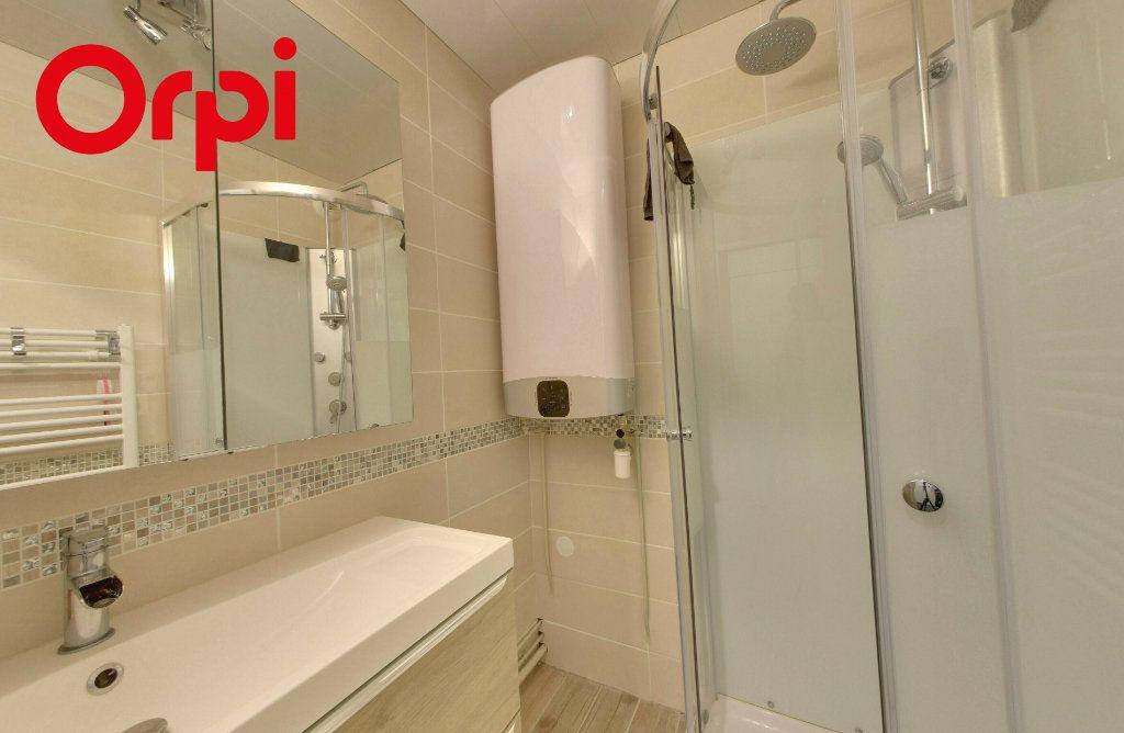 Appartement à vendre 2 44.66m2 à Dammartin-en-Goële vignette-4