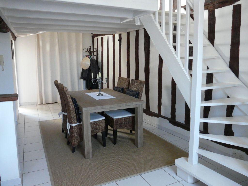 Appartement à vendre 3 62.64m2 à Senlis vignette-2