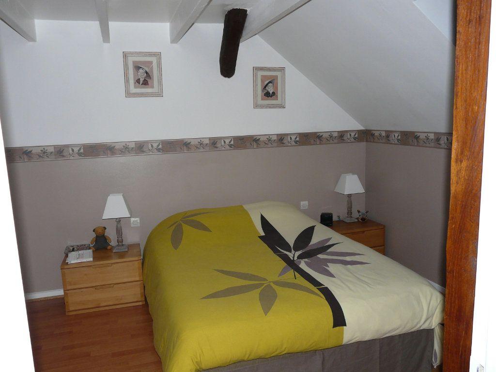 Appartement à vendre 3 62.64m2 à Senlis vignette-4