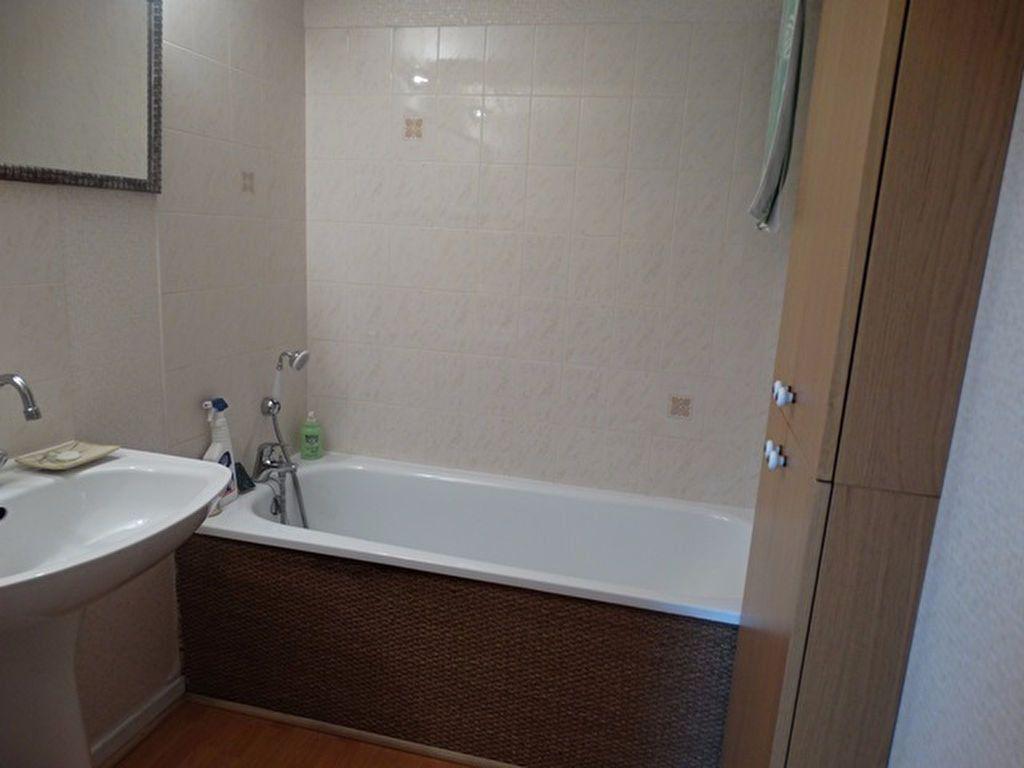 Appartement à vendre 3 62.64m2 à Senlis vignette-5