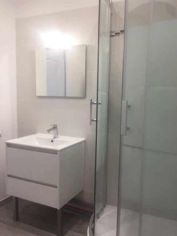 Appartement à vendre 2 40.3m2 à Saint-Martin-Longueau vignette-3