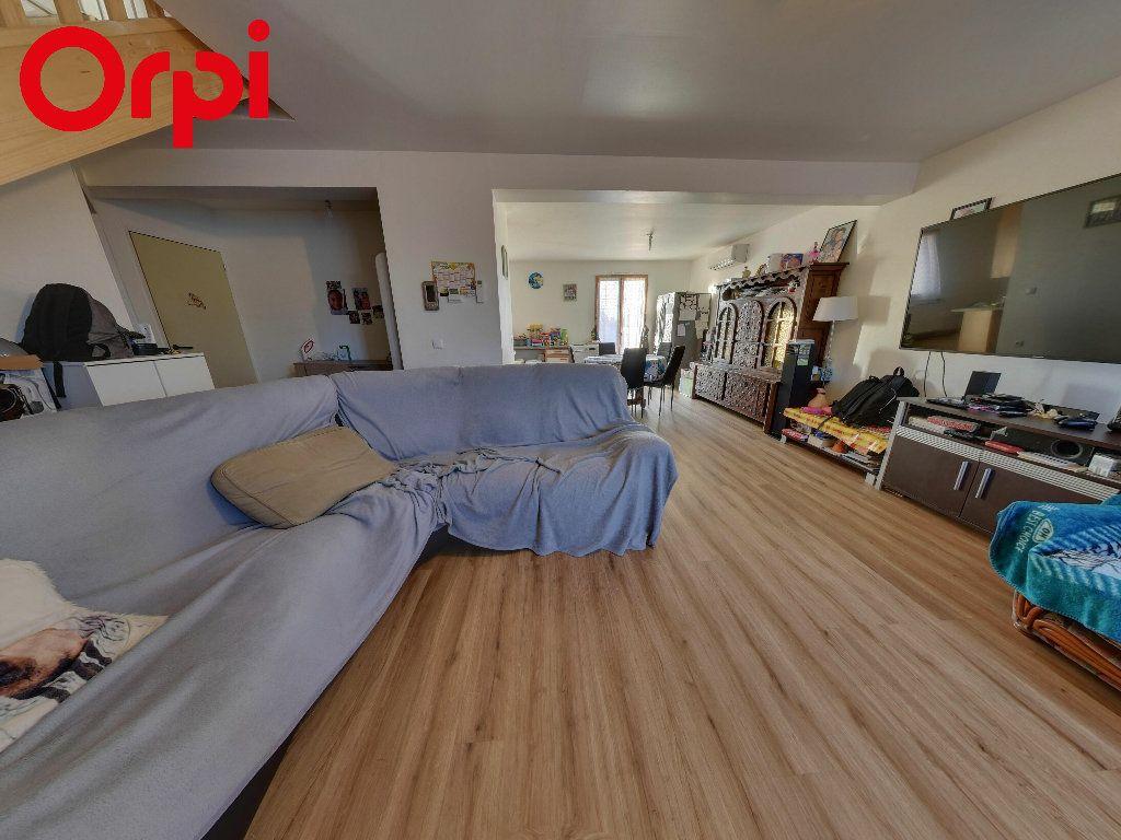 Maison à vendre 6 105m2 à Péroy-les-Gombries vignette-1