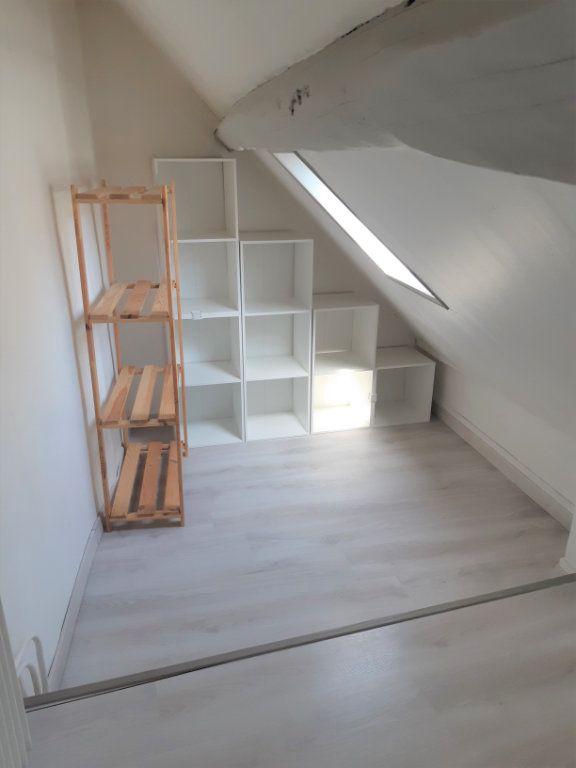 Appartement à louer 2 30.23m2 à Senlis vignette-3
