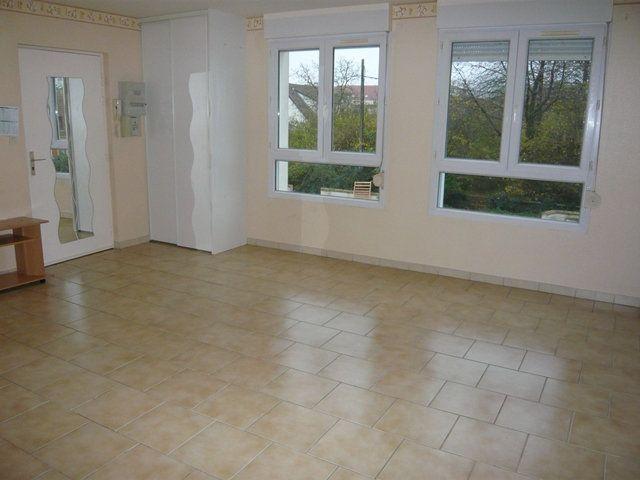 Appartement à louer 2 52.67m2 à Longperrier vignette-2
