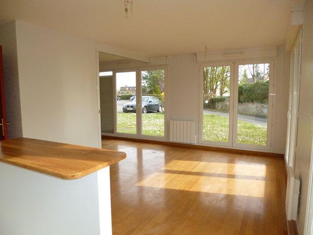 Appartement à vendre 3 76.32m2 à Senlis vignette-2