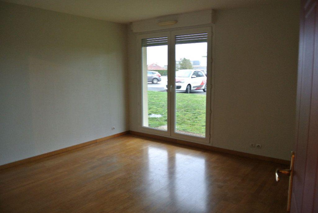 Appartement à vendre 3 76.32m2 à Senlis vignette-3