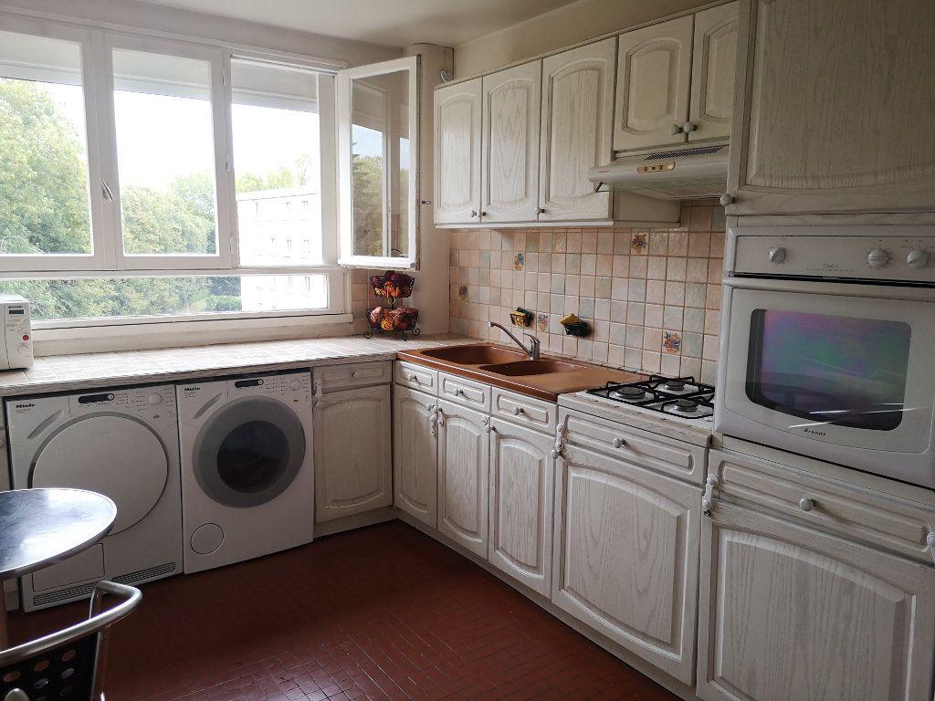 Appartement à vendre 4 86.85m2 à Senlis vignette-4