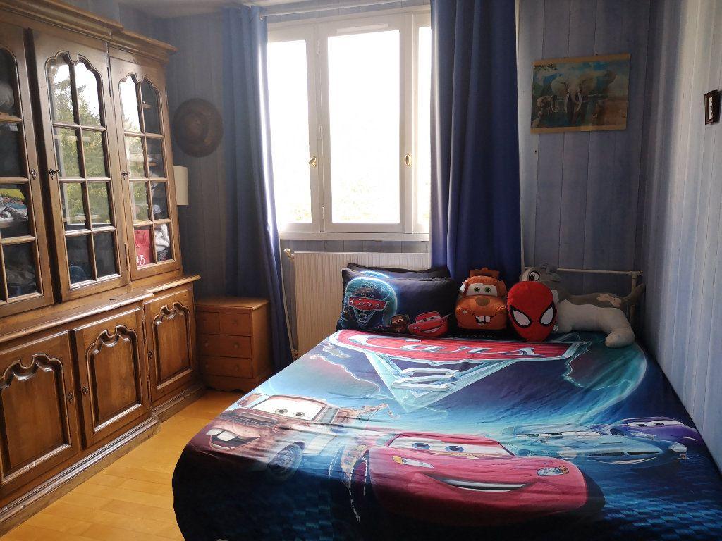 Appartement à vendre 4 86.85m2 à Senlis vignette-7